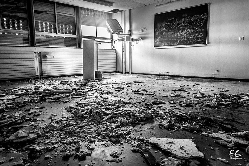 2014-10-18-074-Urbex-College-Des-Alexis.jpg