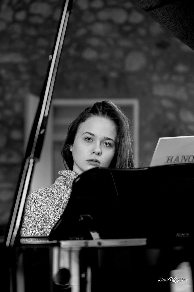 2019-11-24-Shooting-Yvanna-A-la-Salvetat-041.jpg